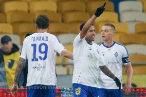 Dinamo_Arsenal18_19_03_10